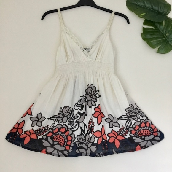 🌷2/$30🌷 Urban Heritage   Short Summer Dress